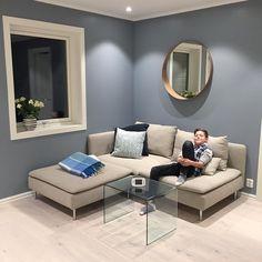 """143 likerklikk, 10 kommentarer – Stollen 67∙ Our New Home Dec16 (@stollen_67) på Instagram: """"Kjellerstua til barna👆🏻👶🏼🙆🏻♂️"""" St Pauls Blue, New Paint Colors, Room Paint, Beautiful Pictures, New Homes, Lounge, Design Inspiration, Couch, Bedroom"""