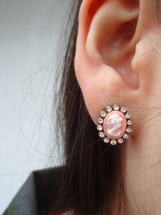 Cameo Earrings - Fat Pandora