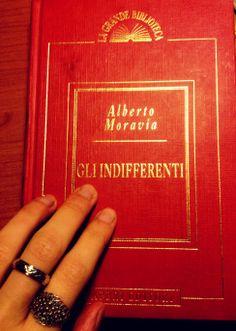"""Recensione de """"Gli Indifferenti"""" di Alberto Moravia su likezelda.wordpress.com! Bello il film del 1964 con Claudia Cardinale... Ma il libro ancora di più!"""