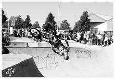 Antwerp Streetkicks - BMX skatebowl session
