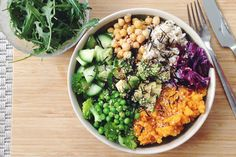 A leading nutritionist group says vegan diets are healthy for everyone.