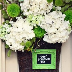 Love this understated St. Patrick's Day wreath.