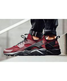 af106613a8c4 Chaussure Nike Huarache Rare équipe Rouge Noir Huarache Run Ultra