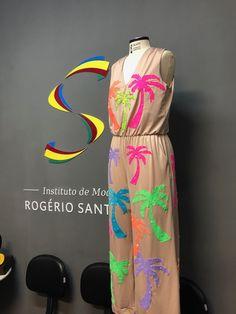 Vestido tropical coqueiros