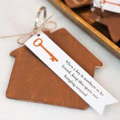 Open House Party - Make a key chain for a spare key for a party favor! Free favor tag printable!
