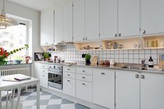 Seek this vital pic and look into the shown related information on Scandi Kitchen Loft Kitchen, Apartment Kitchen, Home Decor Kitchen, Kitchen Interior, New Kitchen, Vintage Kitchen, Home Kitchens, Kitchen Dining, Kitchen Cupboard Doors