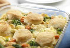 Pressed for time? This delectable easy chicken casserole recipe has everything you're looking for! With this Homestyle Chicken and Biscuits dish from Campbell's Kitchen you'll get chicken, veggies, biscuits, and a cheesy creamy sauce. Chicken Biscuit Casserole, Chicken And Biscuits, Vegetable Casserole, Noodle Casserole, Broccoli Casserole, Casserole Dishes, Casserole Recipes, New Recipes, Dinner Recipes