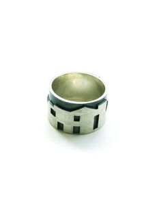 Ring from Dwell Collection by Catarina Militao Jewellery Design