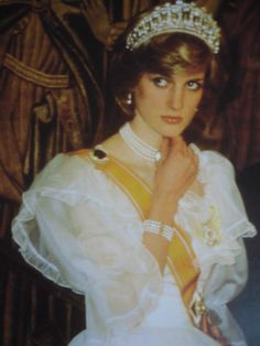 Diana she always looked sad when married to Charles