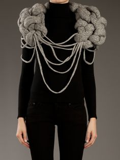 STINE LADEFOGED - BIG KNOTTED SCARF