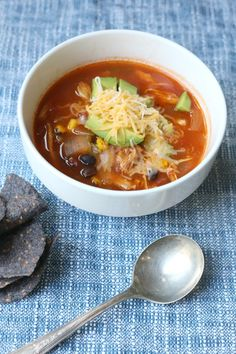 Easy Slow Cooker Chicken Tortilla Soup. Perfect for busy week nights.