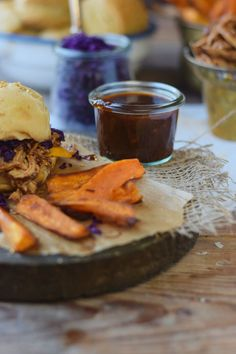 Kerrygold Cheddar Pulled Chicken Guinness Burger mit Coleslaw (6)