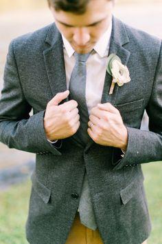 Rustic groom's attire: http://www.stylemepretty.com/little-black-book-blog/2015/01/20/rustic-elegant-fall-lakeside-wedding/ | Photography: Mint Photo - http://mymintphotography.com/