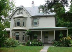 House Paint Color Guide - Subtle House Paint Color Combinations at the Harriet Beecher Stowe House