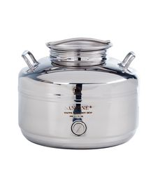 This 10 liter Sansone stainless steel fusti has a gasket and airtight screw lid and with convenient handles. NSF(National Sanitary Foundation) certified. A removable stainless steel spigot accurately dispenses the right amount of liquid and may be removed for easy cleaning.  Cleaning simply requires washing with kitchen detergent and rinsing with cold water.