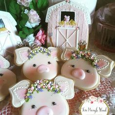 Piggies & Flowers at the Farm Cookies by Gingerbread Artist Teri Pringle Wood