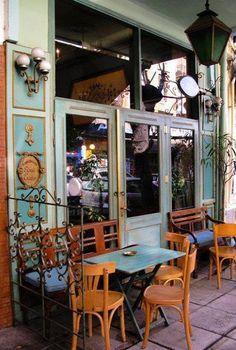 A lovely kafeneio in Thessaloniki.