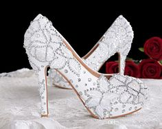 Wholesale 2015 New Crystal Princess Lace Wedding Shoes White Pearl Rhinestone Dinner Party Shoes Bridal Ultra High Heels Shoes Cheap Silver Wedding Shoes Cheap Wedding Shoes Uk From Melovesky, $91.14| Dhgate.Com