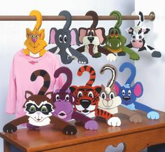 Animal Clothes Hangers Pattern Kids will love to hang up their clothes with this colorful set of animal shaped hangers. Wood Crafts, Diy And Crafts, Crafts For Kids, Kids Hangers, Clothes Hangers, Pet Clothes, Animal Clothes, Wood Craft Patterns, Wooden Hangers