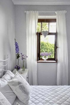 simple but nice bedroom Scandinavian Style, Interior Modern, Interior Design, Airy Bedroom, Little White House, Cottage Style Decor, Cottage Exterior, Awesome Bedrooms, Home Fashion