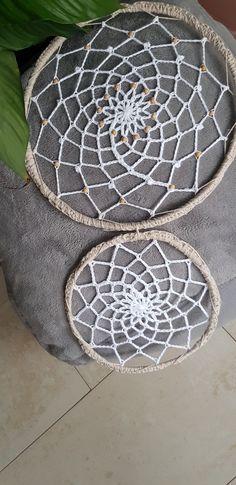 Crochet Gratis, Origami, Stone, Outdoor Decor, Youtube, Home Decor, Dream Catchers, Models, Braid Headband