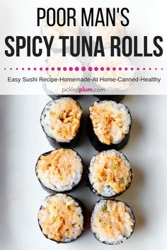 Vegan toona (Whole Foods).Poor Man's Spicy Tuna Rolls - A Homemade Spicy Tuna Roll Recipe you can easily make with everyday pantry ingredients! Ready in 15 minutes from start to finish. Tuna Sushi Recipe, Spicy Tuna Sushi, Sushi Roll Recipes, Spicy Tuna Roll, Tuna Roll Sushi, Spicy Tuna Recipe, Tempura Sushi, Cooked Sushi Recipes, Onigiri Recipe