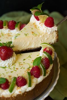 Key Lime Cheesecake - Cooking Classy More Lime Desserts, No Bake Desserts, Just Desserts, Dessert Recipes, Plated Desserts, Lime Recipes, Sweet Recipes, Kraft Recipes, Lemond Curd