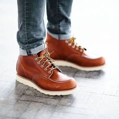 """""""Red Wing 875 Men's 6 Inch Classic Moc Toe Oro Legacy Leather Boot , $260 Photo Credit #readcereal #richstapleton @menboots #redwingheritage #madeinusa…"""""""