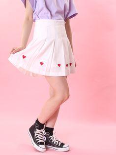 WC/ハート刺繍プリーツスカート(ホワイト)