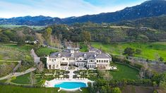Luxury Palatial French Formal Home in Hidden Valley California Offers Breathtaking Panoramic View New York Penthouse, Double Island Kitchen, Double Islands, Valley California, Resort Style, Gated Community, Location, Beautiful Beaches, Villas