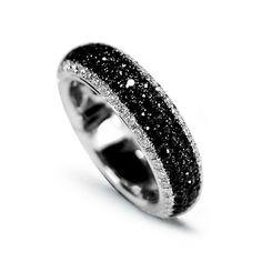 18CT White Gold Black Diamond Ring