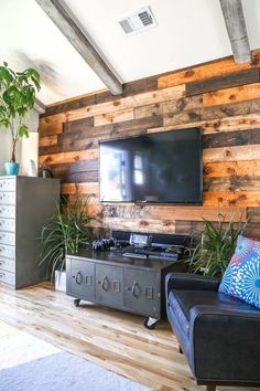 Grey Accent Walls Grey Living Rooms And Accent Walls On Pinterest