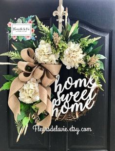 Bestsellers Home Sweet Home Wreaths for the front door Ficus, Front Door Decor, Wreaths For Front Door, Front Doors, Diy Wreath, Grapevine Wreath, Wreath Ideas, Greenery Wreath, Tulle Wreath