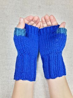 Fingerlose Handschuhe für Kinder 4-6 Jahre, reine Wolle, Armstulpen warm und weich, Farbe: Petrol, blau, handgestrickt, Kindergarten