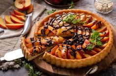 Tartă cu nectarine Bruschetta, Vegetable Pizza, Chocolate Cake, Deserts, Pie, Homemade, Fresh, Ethnic Recipes, Food
