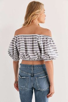 26a530372f8 Sybil Washed Green Floral Print Off-the-Shoulder Crop Top in 2018 ...