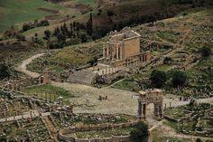 YannArthusBertrand2.org - Fond d écran gratuit à télécharger || Download free wallpaper - Site archéologique de Djemila, Kabylie, Algérie (36°19'N – 5°42'E).