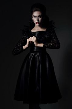 SeeChic / Black Dream 100 Euro, Black, Style, Fashion, Swag, Moda, Black People, Fashion Styles, Fashion Illustrations
