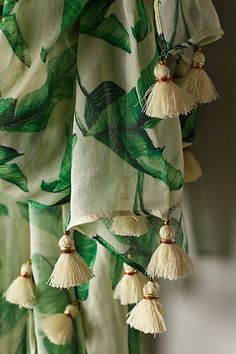 Palm print curtains with tassels Pretty Things, Saree Tassels, Textiles, Passementerie, Elegant Homes, Soft Furnishings, Chinoiserie, Shades Of Green, Creations
