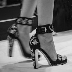 Moon and star embroidered shoes at the AW16 show. #AlexanderMcQueen
