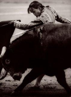 Michael Crouser Cristina Sanchez, Pase de Pecho, Madrid, Spain , 1995