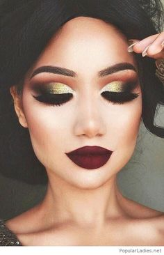 gold-eye-makeup-and-burgundy-matte-lips