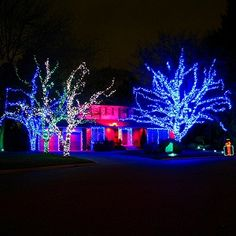 10 Of The Best Animated Christmas Lights Displays For The Holidays-It has arrived. There is no doubting it now. We are in the holiday season, with Thanksgiving and Black Friday signaling its starting point. It's less than a month until Christmas, when cards, gifts, and overeating are the order of the day. Along with the occasional family argument. And before the big day arrives there are trees, and perhaps even houses, to decorate.