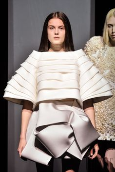 Sculptural Fashion with sumptuous folds & elegant volume; 3D fashion // Dice Kayek FW14-15