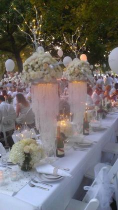 Beautiful setting Centerpieces, Table Decorations, Le Diner, Table Settings, Romantic, Party, Beautiful, August 31, Table Scapes