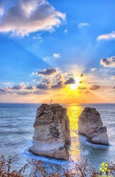 A dreamlike sunset over the #Rawche By Fadi Chahine #WeAreLebanon #Lebanon