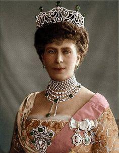 Mary of Teck, Queen consort of King George V, wearing the Delhi Durbar Tiara (original setting), United Kingdom (1911; emeralds, diamonds).