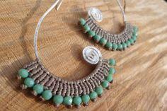 handmade macrame earrings with silver platted por ARTEAMANOetsy