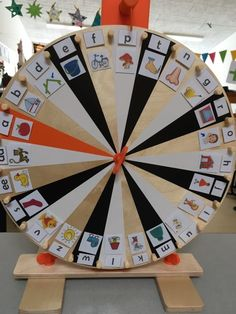Alphabet Activities, Preschool Activities, Games For Kids, Diy For Kids, Home Childcare, Phonics Sounds, Wheel Of Fortune, Classroom Fun, Kids Church