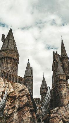 Harry potter hogwarts, harry potter world, harry potter love, balayage ha. Harry Potter Tumblr, Images Harry Potter, Arte Do Harry Potter, Harry Potter Facts, Harry Potter Love, Harry Potter Fandom, Harry Potter Hogwarts, Harry Potter World, Harry Potter Castle